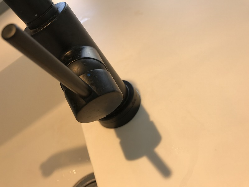 DELTA 水栓 黒
