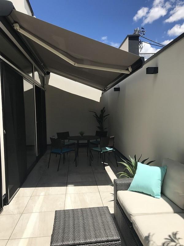 awning modern decor
