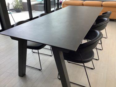【モダン輸入家具】6人掛けダイニングテーブルと椅子(ハーフアーム)